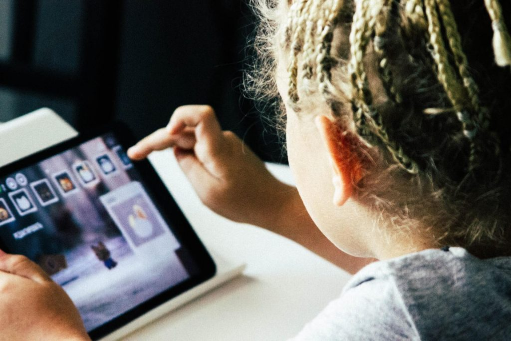 Handling Kids Screen Time during COVID 19 Pandemic